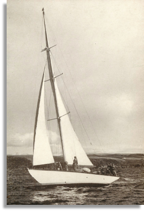 Irina VII in her original sloop rig.                                        Photo: John Corin